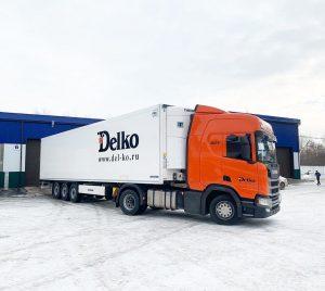 Фура Скания — оклейка рефрижератора полуприцепа «Делко» транспортная компания